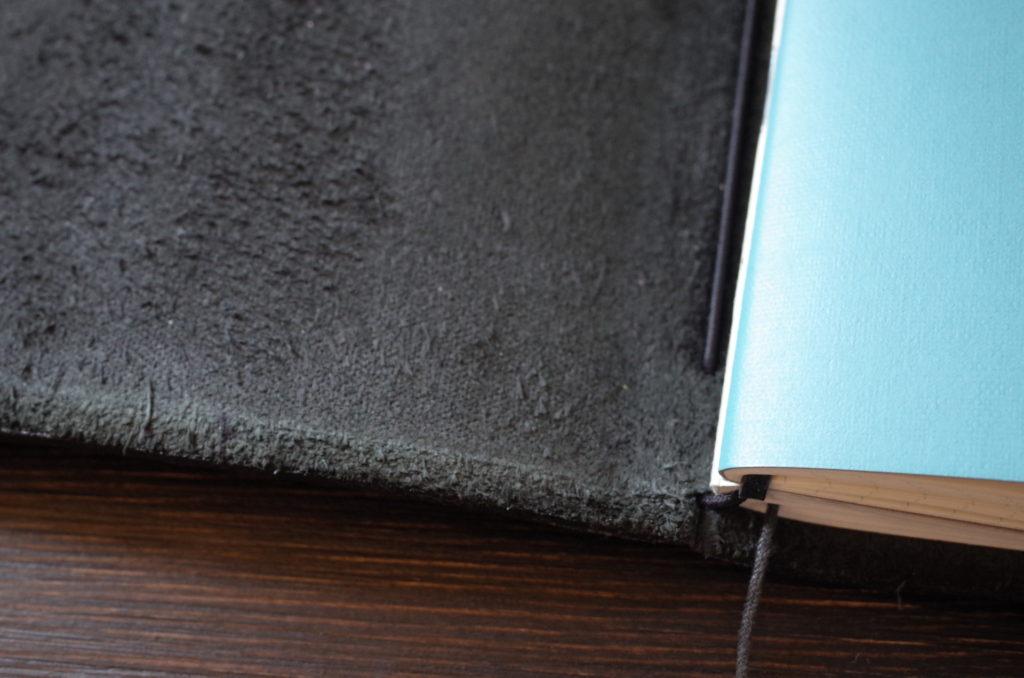 トラベラーズノート黒(レギュラーサイズ)の経年変化